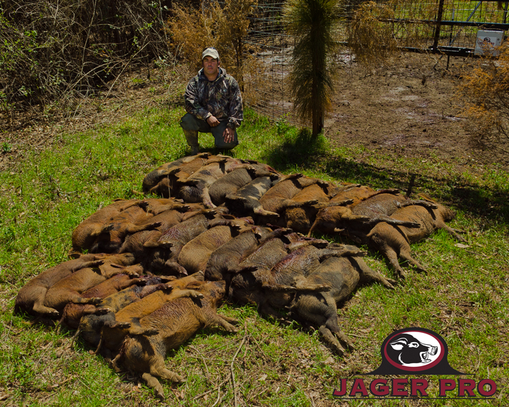 JAGER PRO Wild Boar Hunting Task Force Jose Gonzalez With Wild Boar Capture